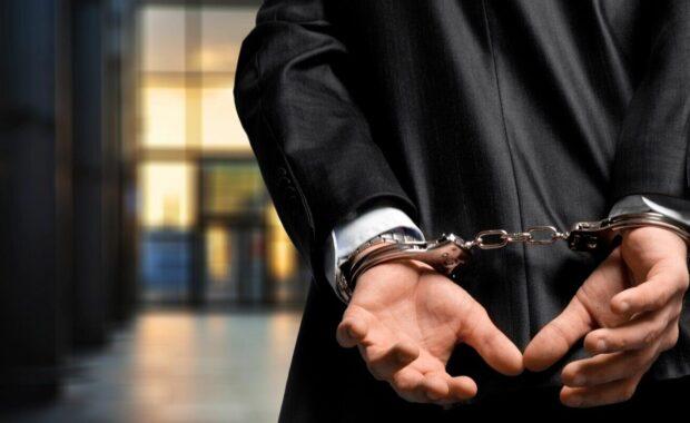 arrest bound bracelet bribe bribery man benefits of hiring ex-convicts